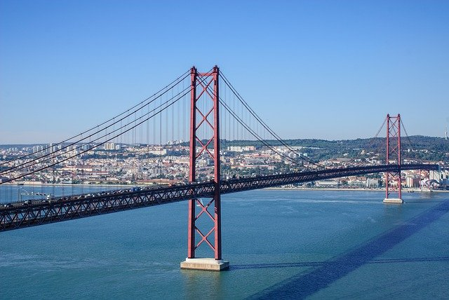 גשר 25 בפורטוגל